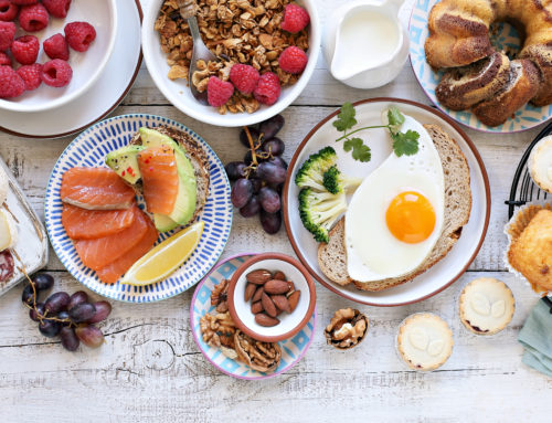 How to Host an Inviting Summer Brunch