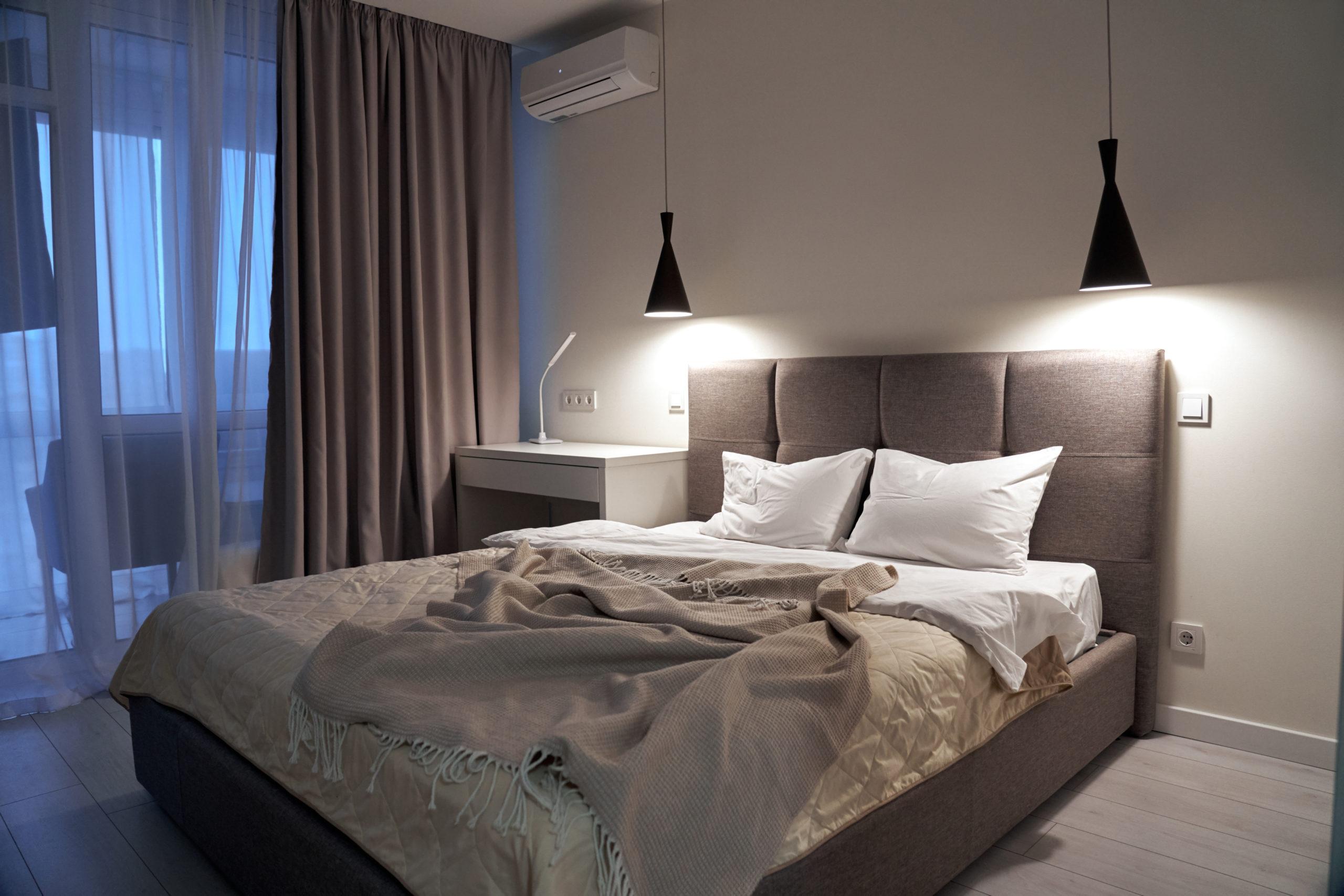 drapes in bedroom
